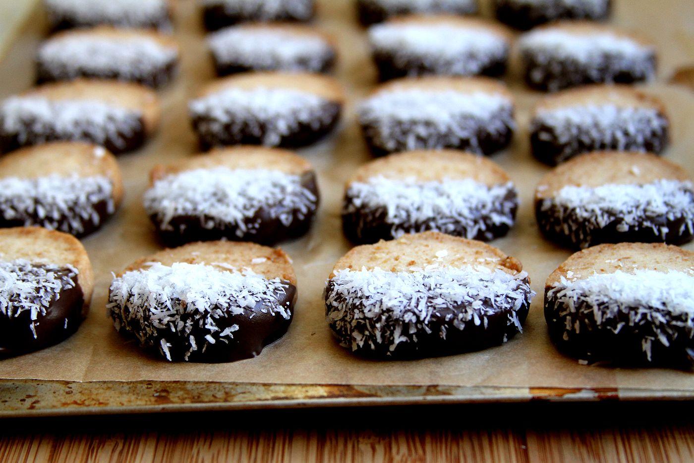CoconutGingerShortbread-Medium3