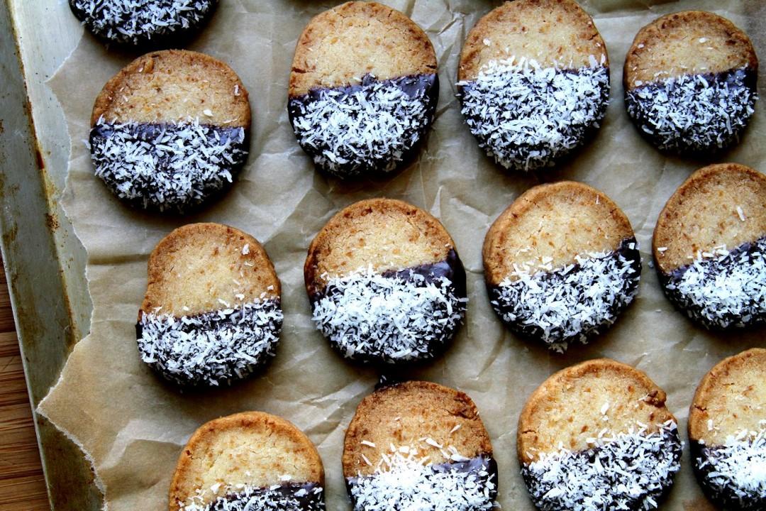 CoconutGingerShortbread-Medium2