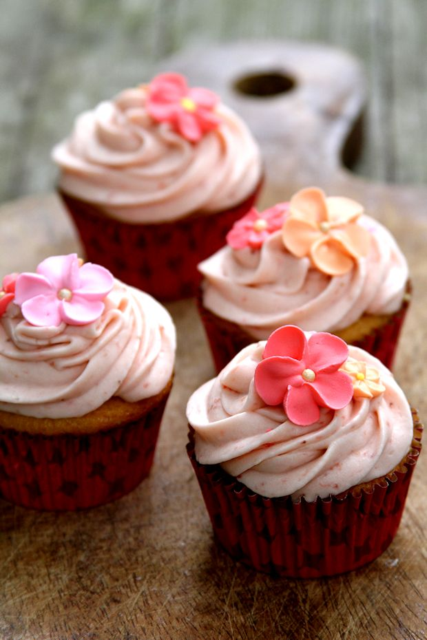 StrawberryShortcakeCupcakes-medium4