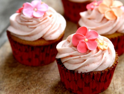 StrawberryShortcakeCupcakes-medium1