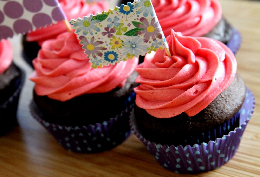 ChocolateBlackRaspberryCupcakes-medium1