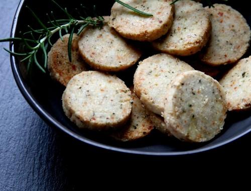 ParmesanAlmondRosemaryCoctailCookies-medium1