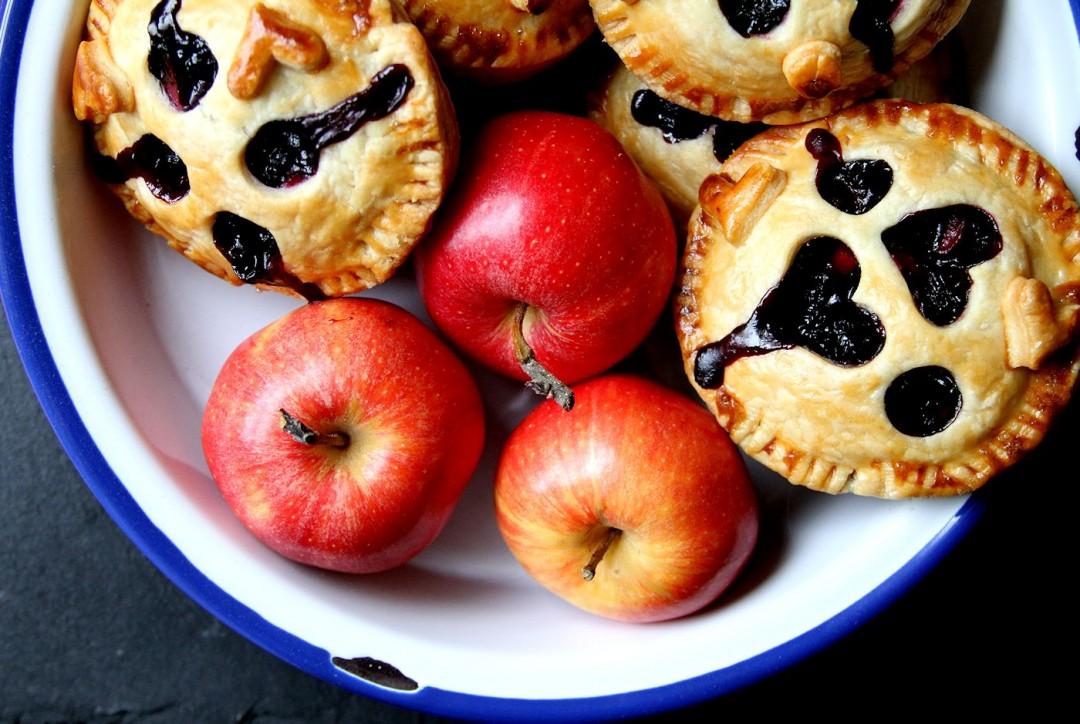 AppleBlueberryBreakfastStrudels-medium1