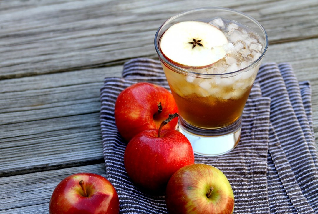 SpicedHoneyBourbonAppleSpritzer-medium1