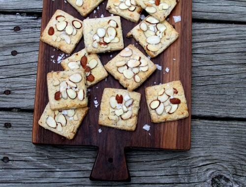 CranberryAlmondBlackPepperShortbreadCrackers-medium1