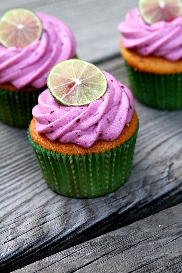 BlueberryMargaritaCupcakes-medium3