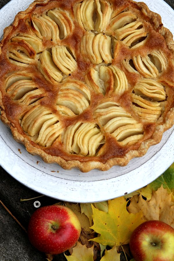 hasselbackstaylecustardapplepie-medium4