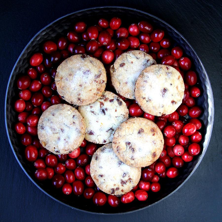 cranberryorangeshortbread-bigsquare