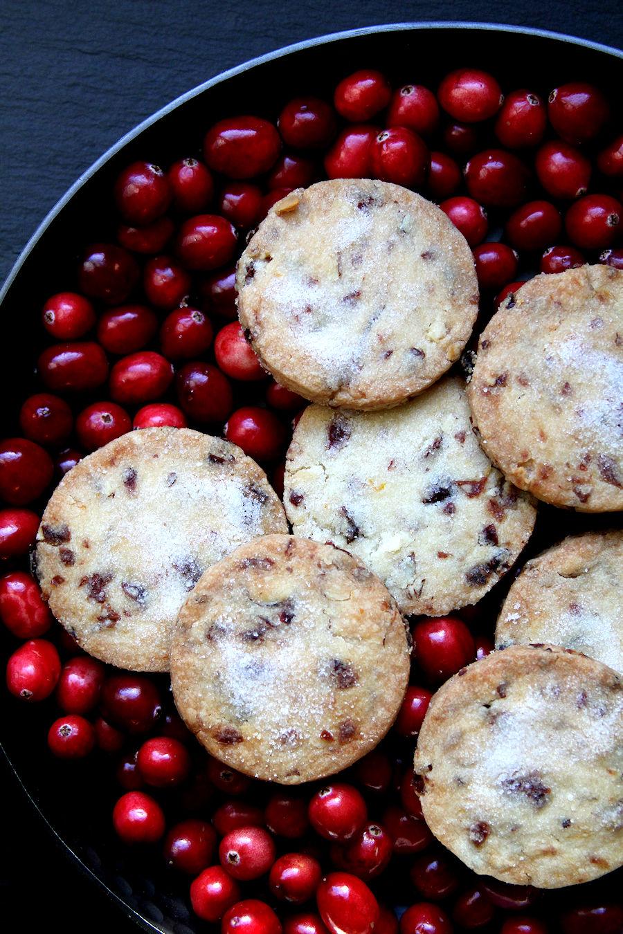 cranberryorangeshortbread-medium4