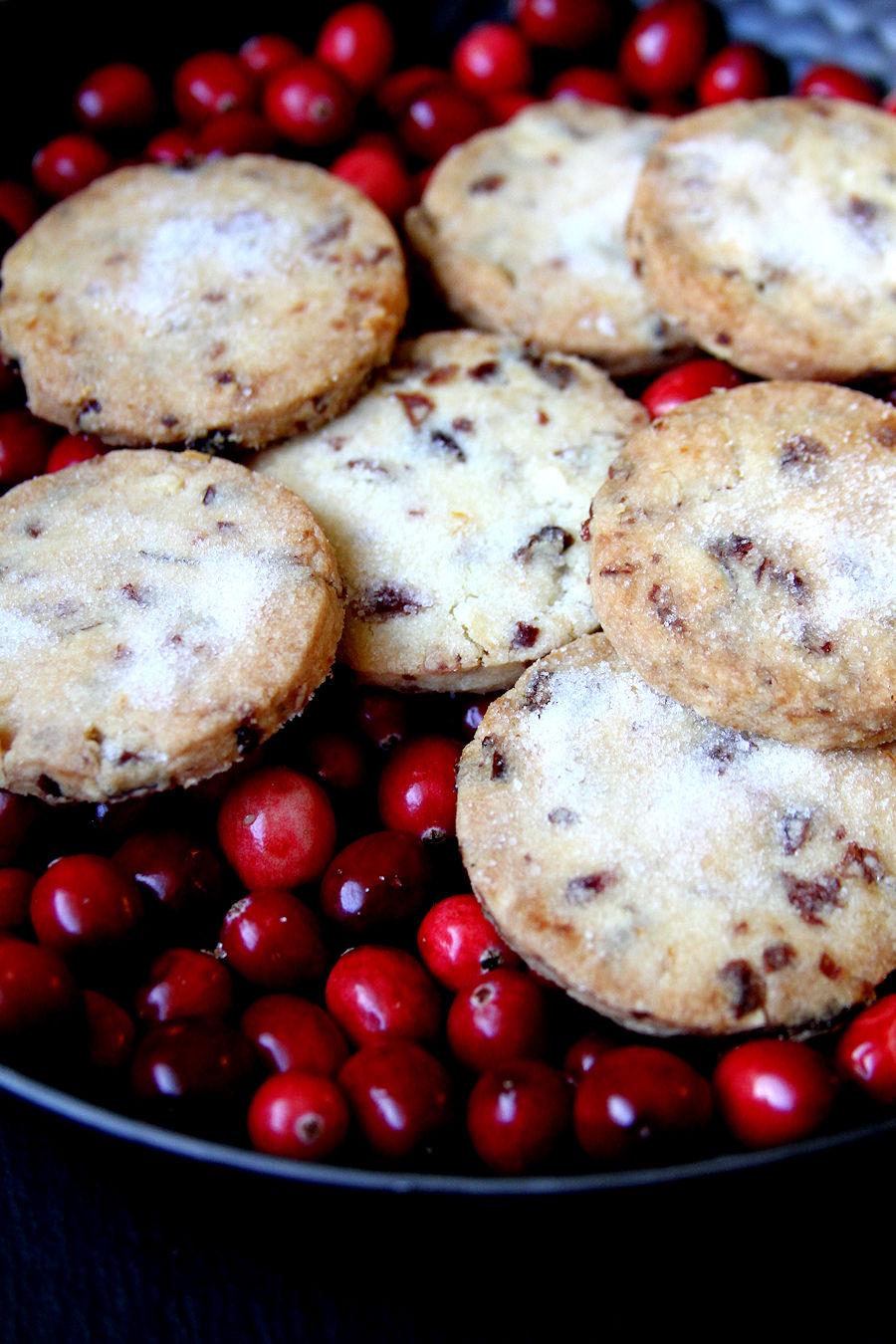 cranberryorangeshortbread-medium5