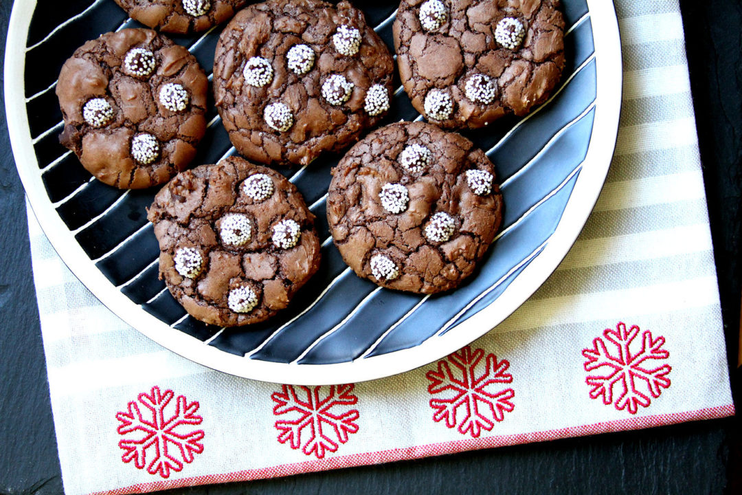 chocolatesnowcapcookies-medium1