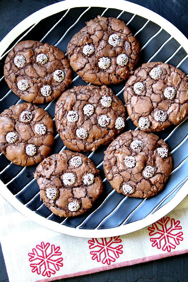 chocolatesnowcapcookies-medium2