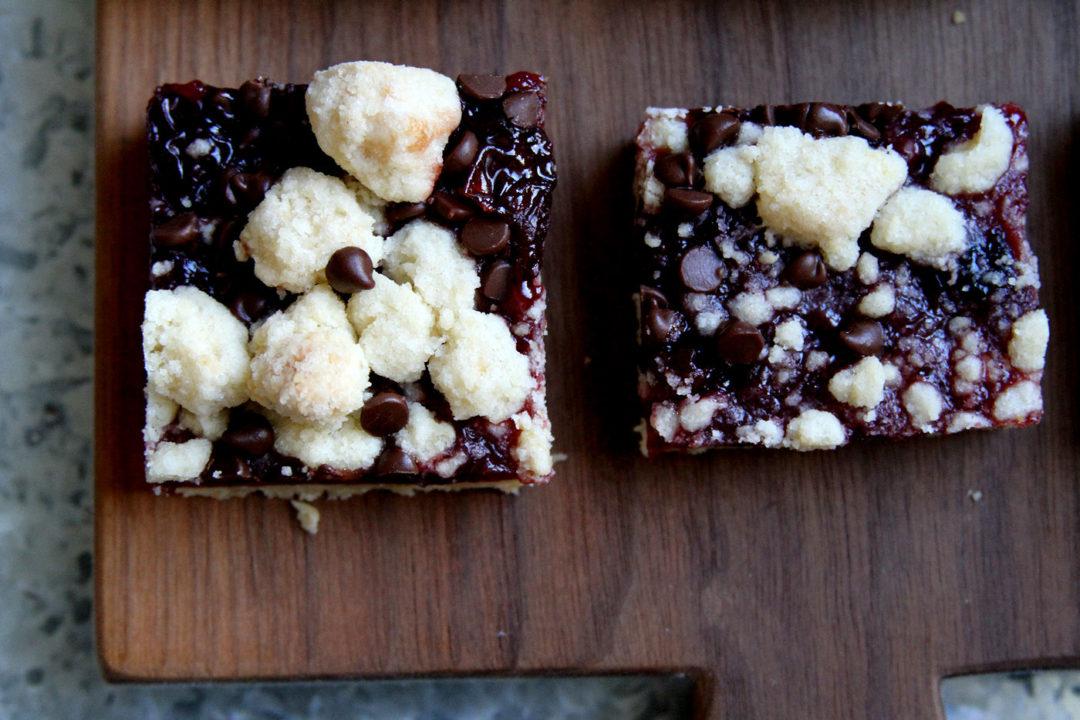 Tart Cherry Dark Chocolate Crumble Bars – A Cup of Sugar ...