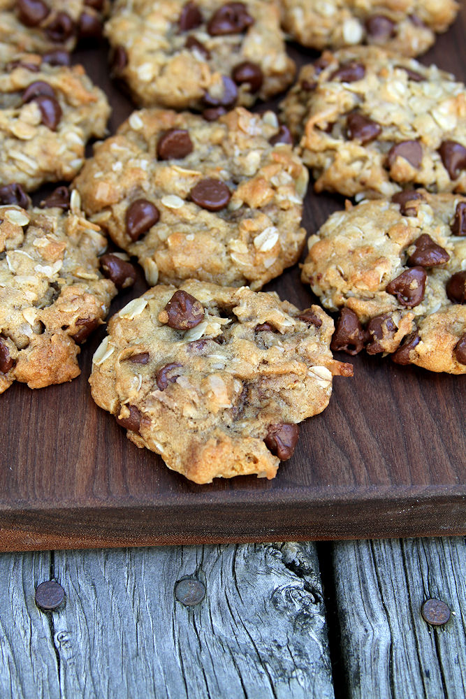 OatmealCoconutChocolateChipCookies-medium3